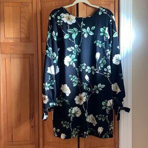 Black floral long sleep shift dress